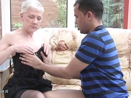 Horny mature slut mom fucking a younger guy