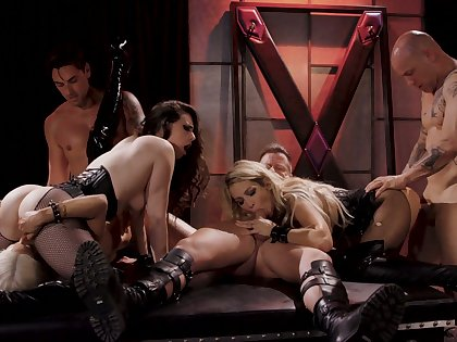 Wild plus stunning Jessica Drake takes part in all directions extreme hot orgy
