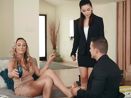 Brett Rossi invited Aria Lee almost join her for a threesome carnal knowledge