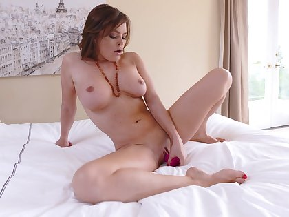 Beautiful scenes of a dominate woman bagatelle going to bed the brush tiny holes
