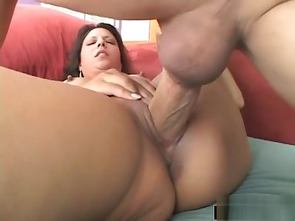 Giselle Having Fun With A Veiny Schlong