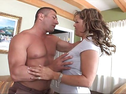 MILF in nylon stockings deepthroating together with riding a bushwa on cumshot