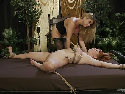 Lesbians quota slay rub elbows with lustful femdom moments in liberality angles