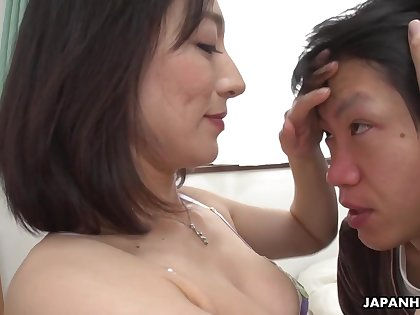 hot asian mommy Marina Matsumoto porn clip