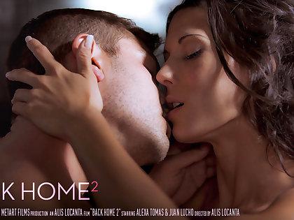Back Home 2 - Alexa Tomas & Juan Lucho - SexArt