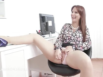Syren De Mer - Psycho Pollute #1, Syren De Mer wants a Gangbang added to starts with Mike! Balls Deep Anal, Gapes, Rough Sex, Creampie GIO1058