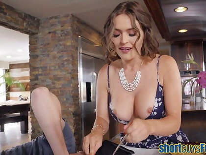 Bigtits cougar fucked by concisely guy to the fore blowjob
